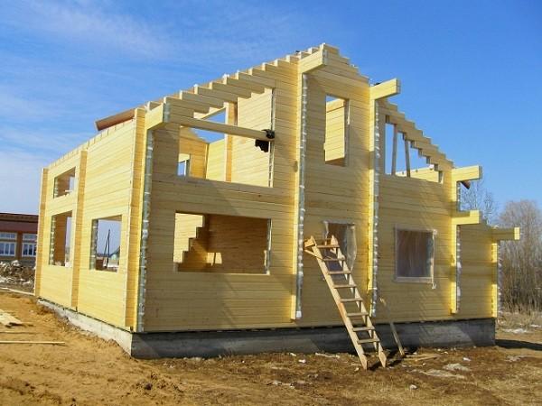 Фото: Строительство дома из клееного бруса