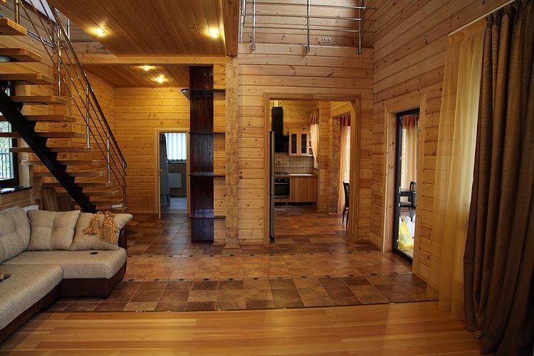 Фото: Интерьер дома из профилированного бруса