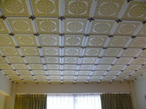 Фото: Пенопласт для потолка