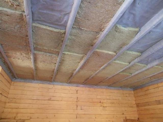 Фото: Утепление потолка