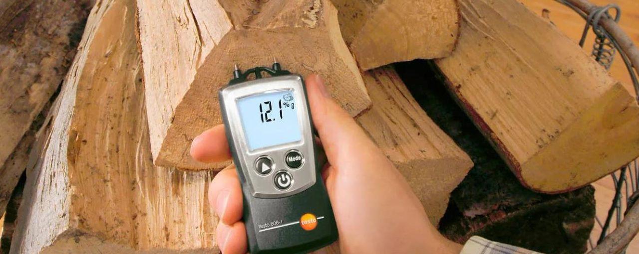 Фото: быстрое определение влаги в дровах
